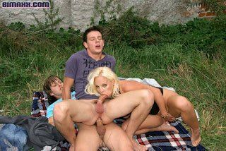 Bisex im Freien