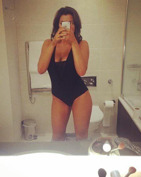 Girl macht sexy Selfie in Body