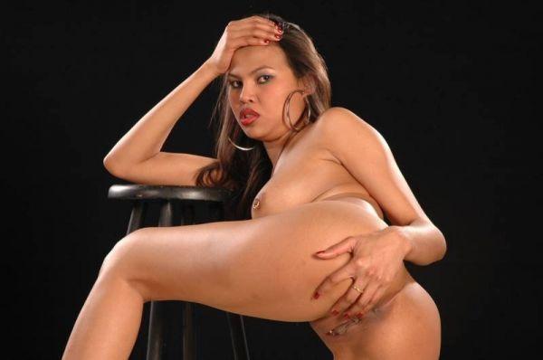 Latina ist bereit für den Fick von hinten